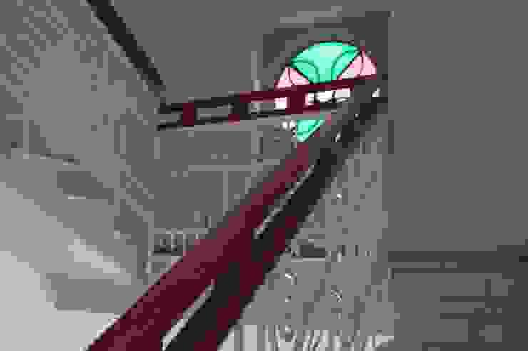 Restauro conservativo del Villino Orsini Ingresso, Corridoio & Scale in stile classico di Laura Marini Architetto Classico