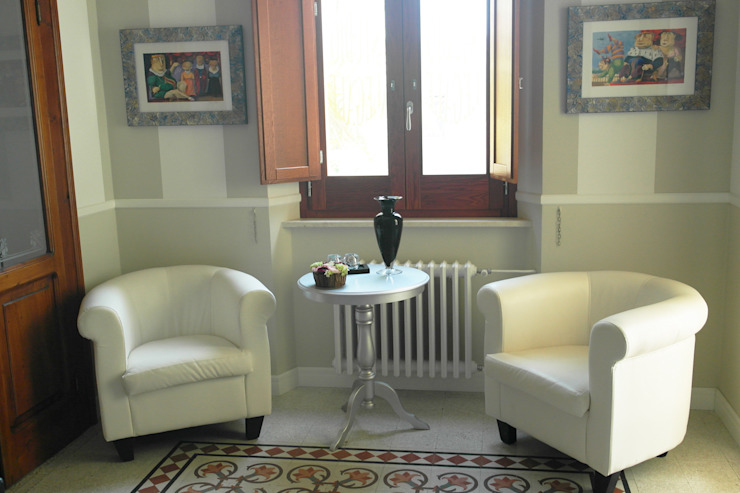 Ruang Keluarga Klasik Oleh Laura Marini Architetto Klasik