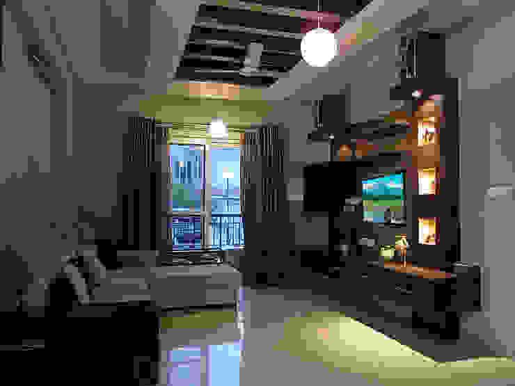 Agarwal Residence Modern living room by Cozy Nest Interiors Modern