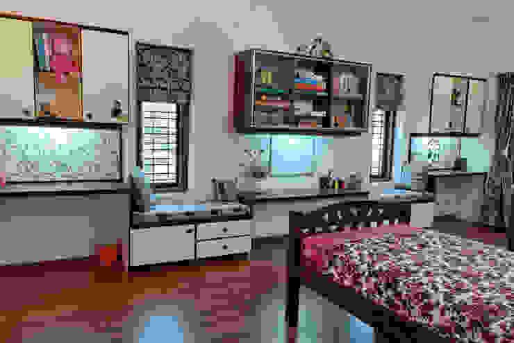 Jaya & Rajesh 모던스타일 아이방 by Cozy Nest Interiors 모던