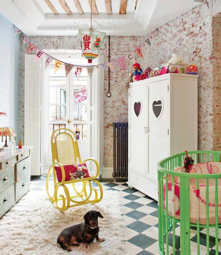 Reforma integral de vivienda Simetrika Rehabilitación Integral Dormitorios infantiles de estilo ecléctico