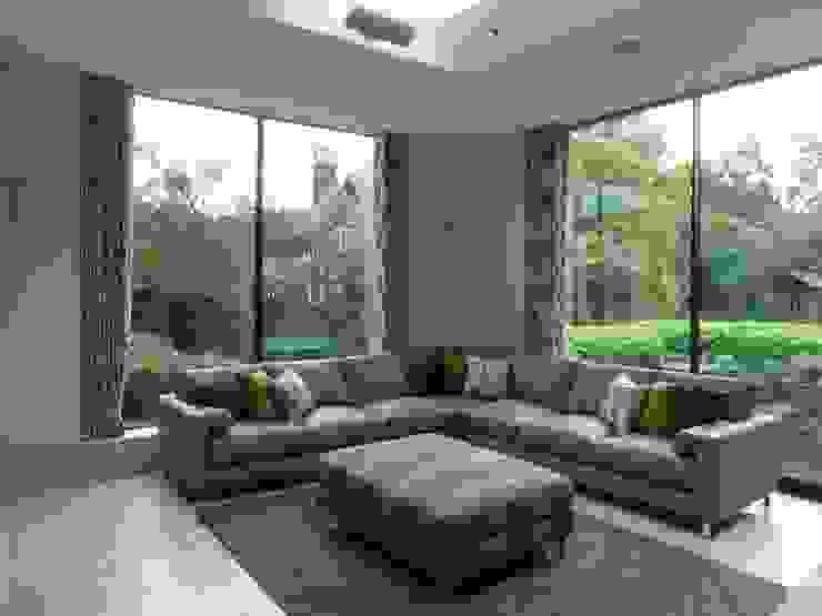 Family Room Parkside: modern  by Rachel Angel Design, Modern