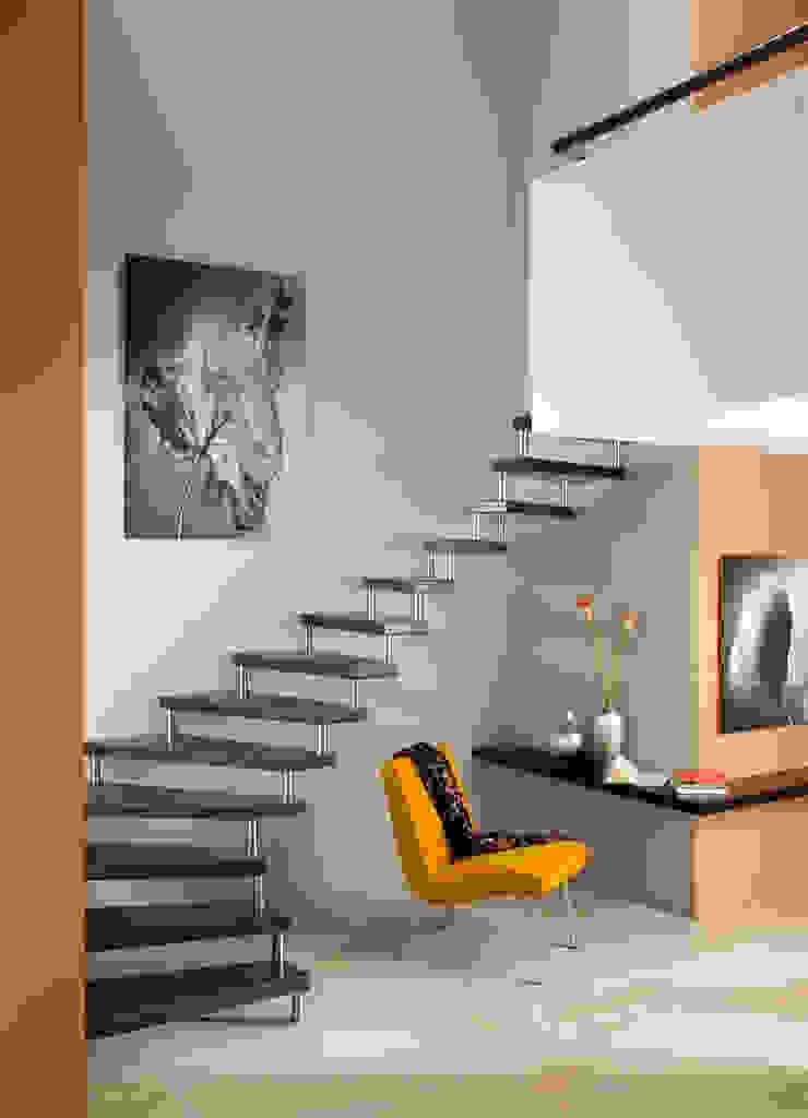 Treppenbau Grohskurth GmbH Corridor, hallway & stairs Stairs