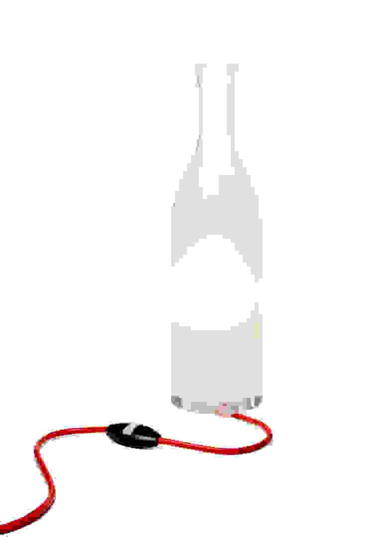 Lampe éthylique par Tse & Tse associés