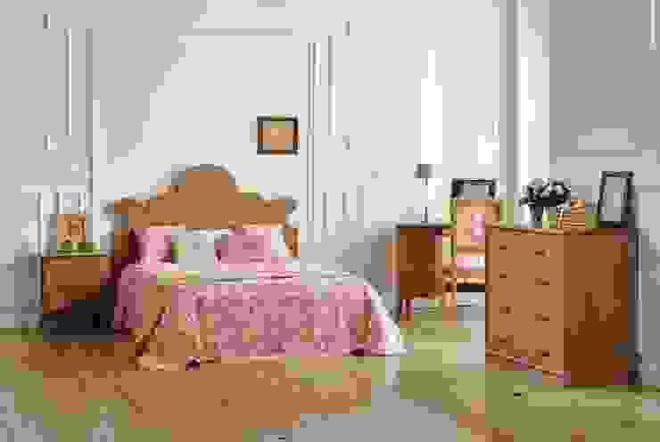 Conjunto Dormitorio Rústico Roncal de Paco Escrivá Muebles