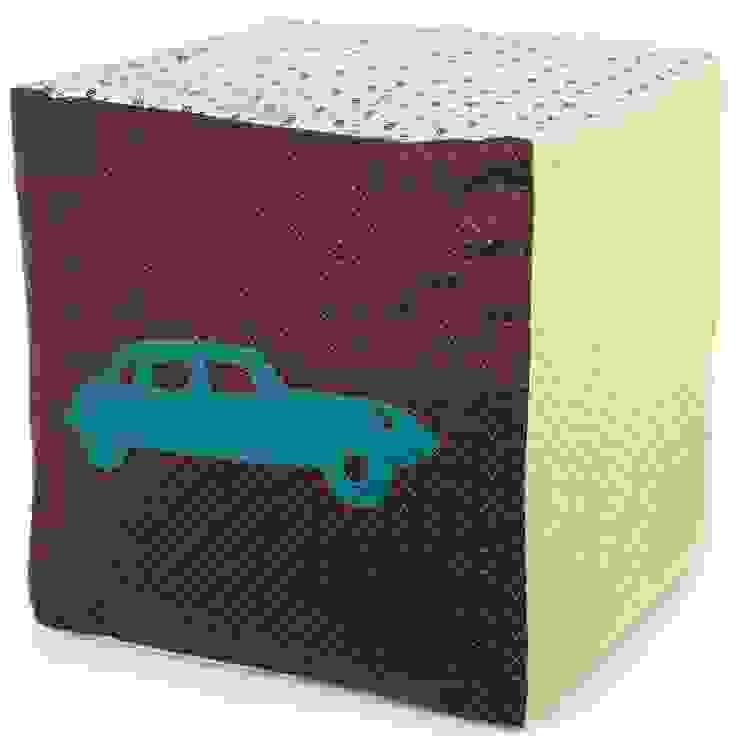 Pouf cube voiture à pois par Berceau magique