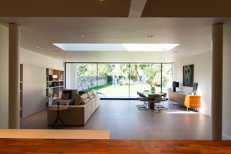 Queen's by Somner Macdonald Architects