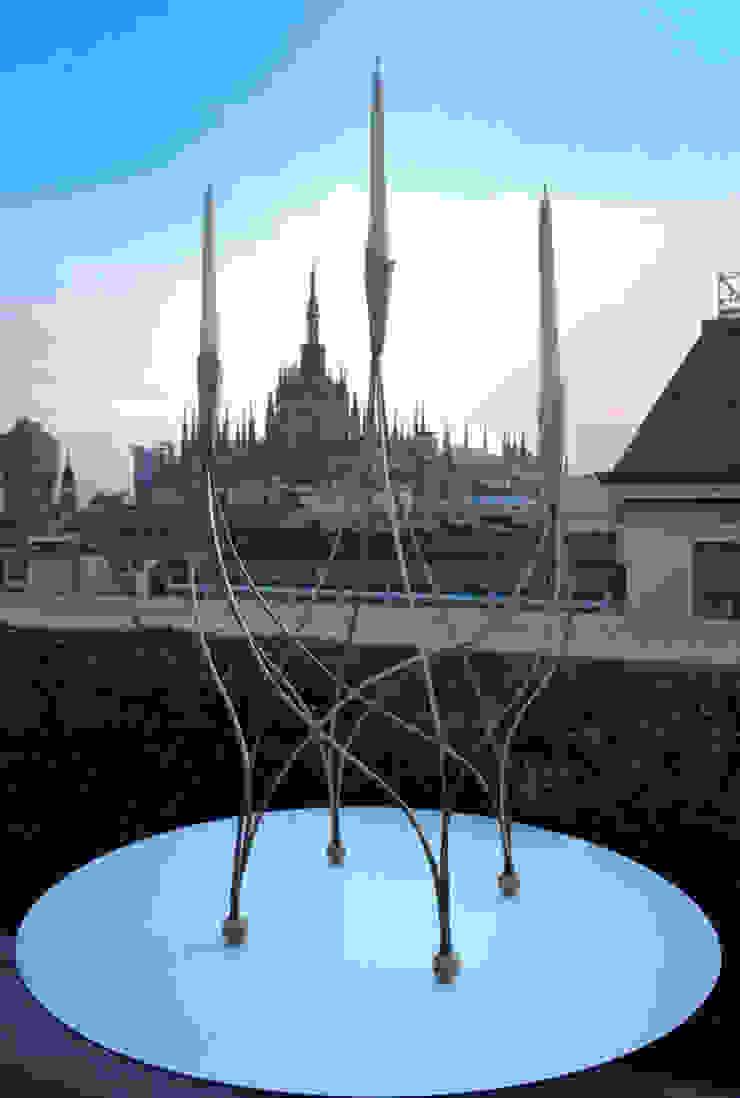 Barbie sculpture/candelabra di Francesco Della Femina Eclettico
