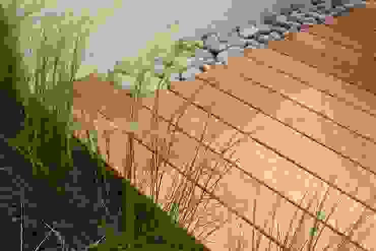 Landscape detail Garden by Paul Newman Landscapes