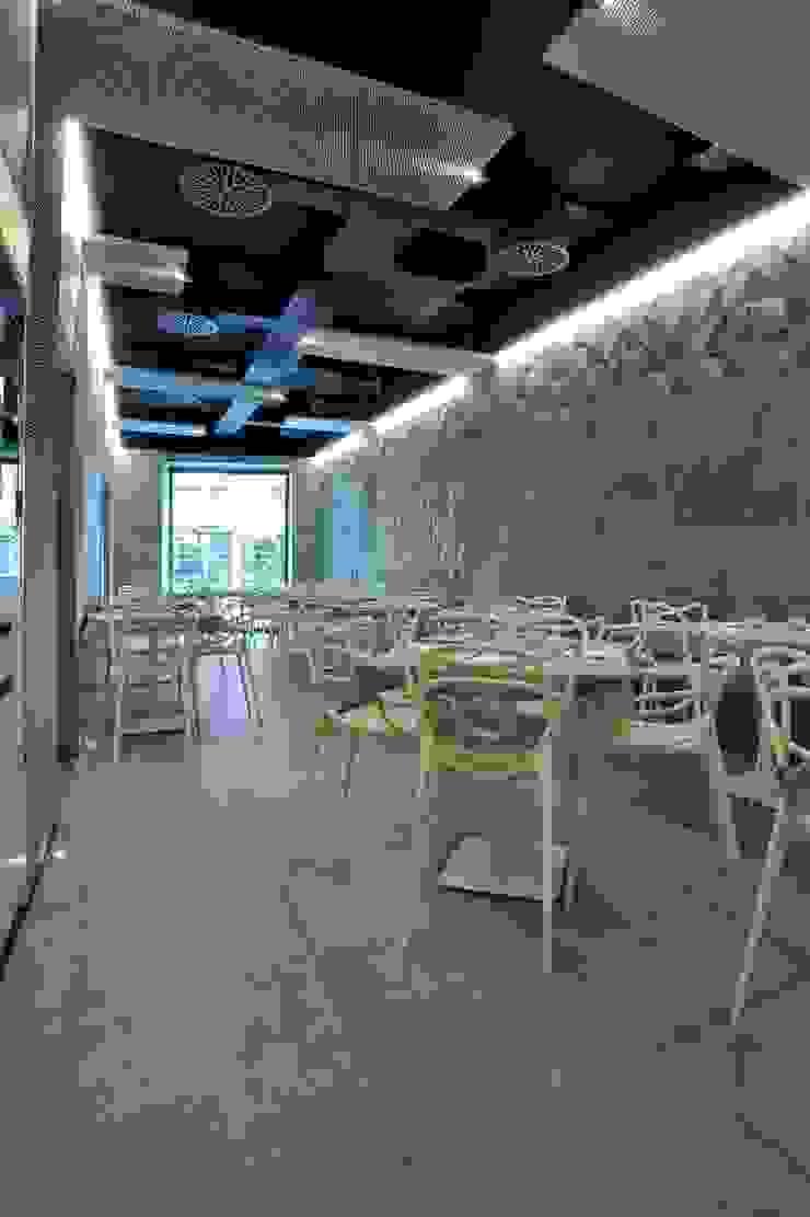 Riqualificazione Pizzeria Pupetta di STUDIO ROSSO FORNARO