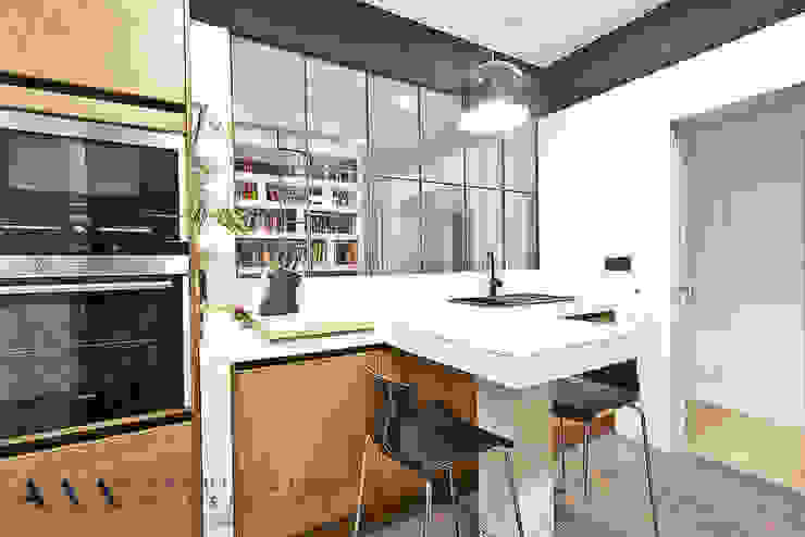 Nowoczesna kuchnia od Arquitectos Madrid 2.0 Nowoczesny