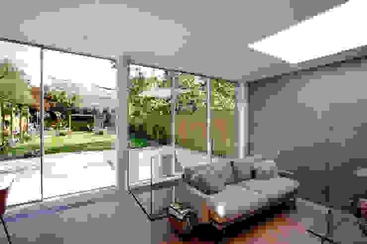 Herondale Modern living room by IQ Glass UK Modern