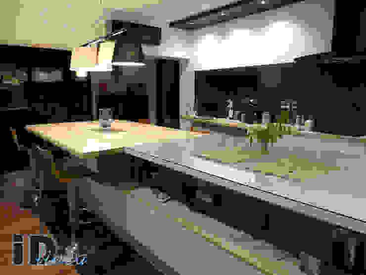 iD linea Modern kitchen