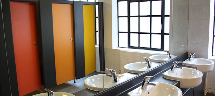 Restroom area Modern office buildings by Paramount Office Interiors Modern