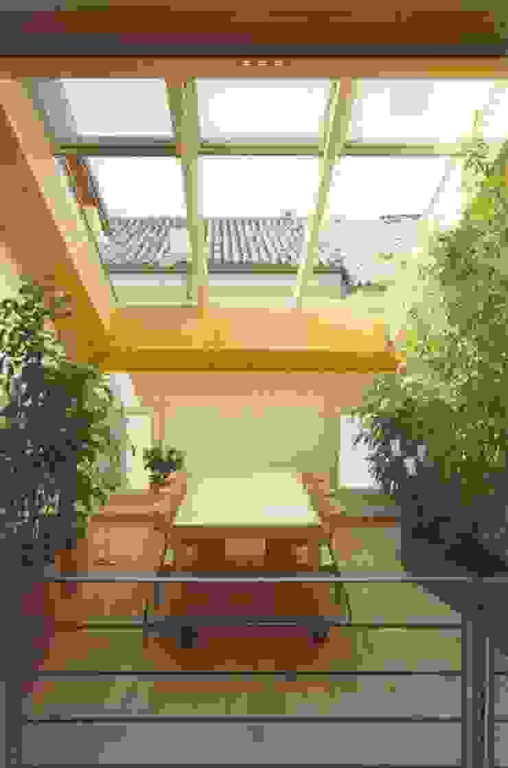 giardino d'inverno Case in stile minimalista di Laboratorio di Architettura Minimalista