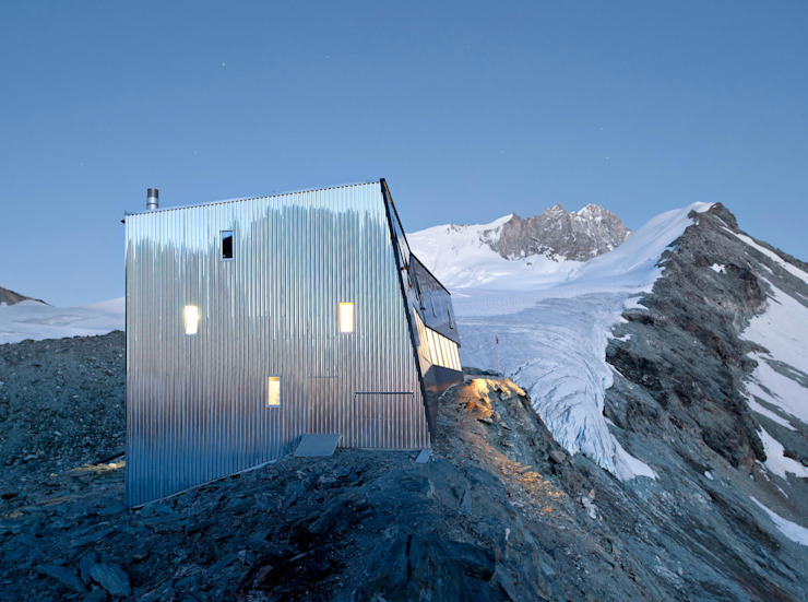 New mountain hut at Tracuit Espaços comerciais por savioz fabrizzi architectes