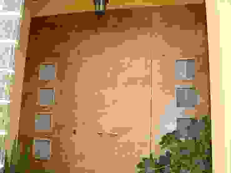 Puertas con estilo y diseño propios de GASENI-fusteria i mobles scp ( Armaris Gaseni )