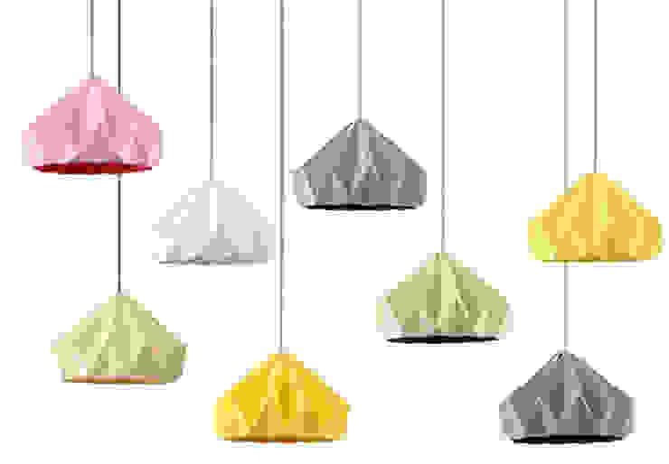 Chestnut lamp Studio Snowpuppe Salas/RecibidoresIluminación