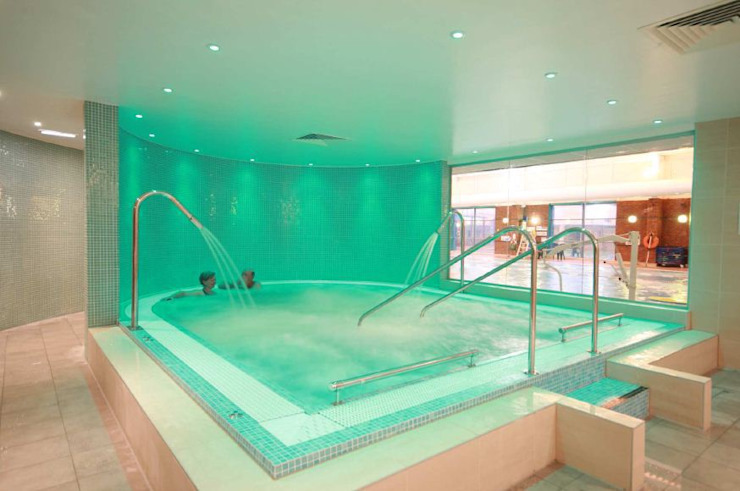 Health Spa Installation Salle de sport moderne par Leisurequip Limited Moderne