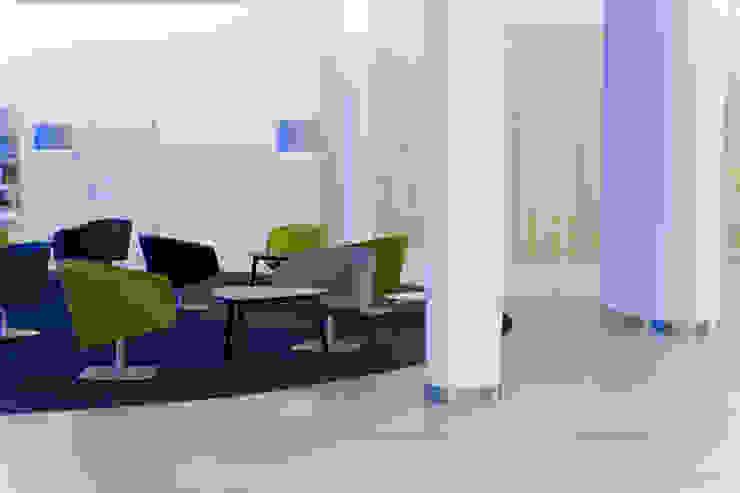 MAASS-Licht Lichtplanung Bangunan Kantor Modern