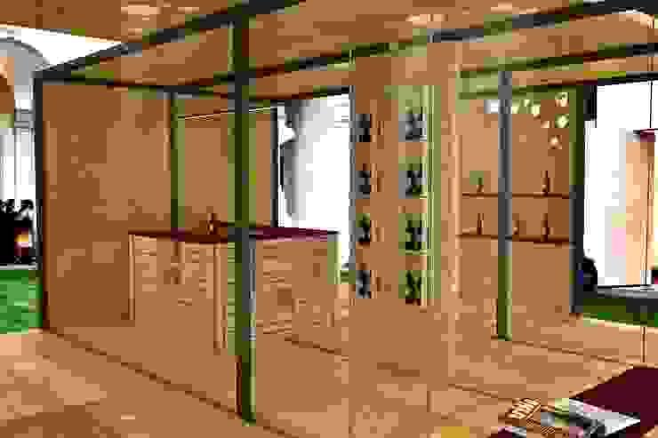 Wine Temporary Pavillion di Studio Hub - Officina Creativa Minimalista