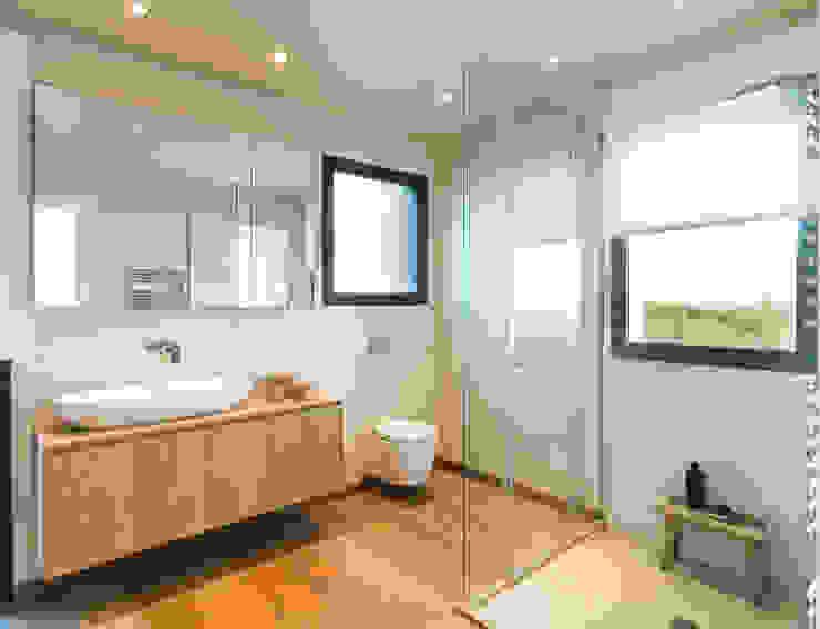 Ванные комнаты в . Автор – margarotger interiorisme, Модерн