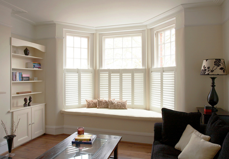 Cafe Style Shutters for Bay Windows Plantation Shutters Ltd 窗戶與門百葉窗與捲簾