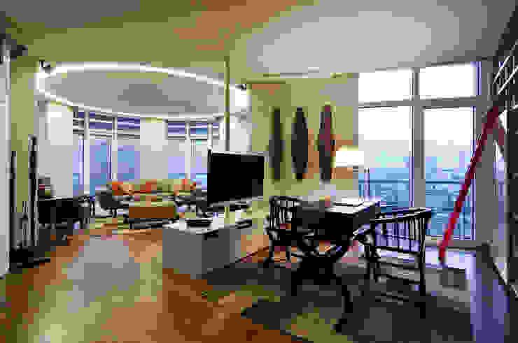 Müezzinoğlu Apartment/Selenium Panaroma Residence Eclectic style living room by Pebbledesign / Çakıltașları Mimarlık Tasarım Eclectic
