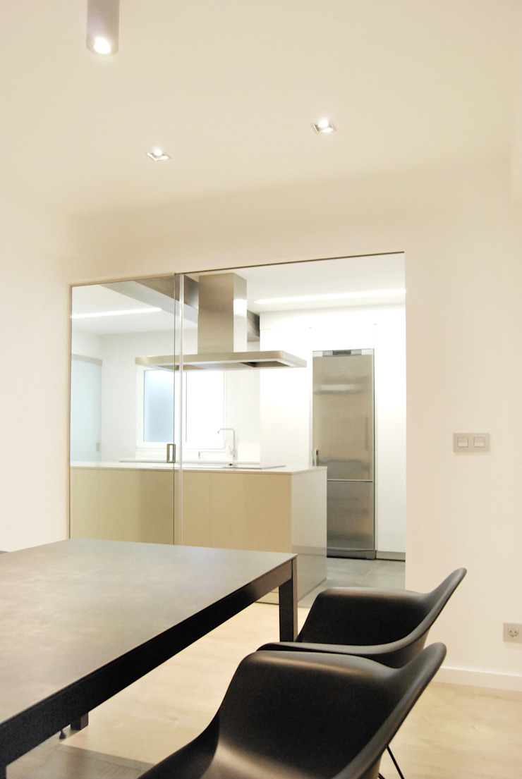 Reforma en Poio Cocinas de estilo minimalista de Nan Arquitectos Minimalista