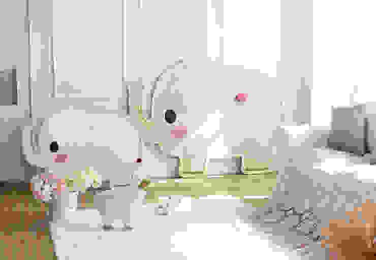 Modern nursery/kids room by (주)강경숙칠판 Modern