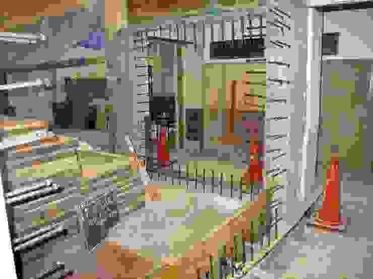 耐震改修工事中 の プライム建築設計 オリジナル