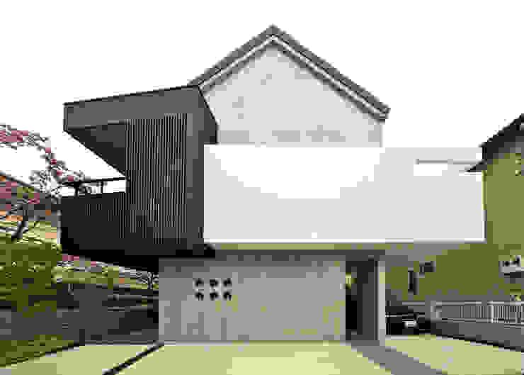 ハナミズキ通りの家 モダンな 家 の 岩瀬アトリエ建築設計事務所 有限会社 モダン