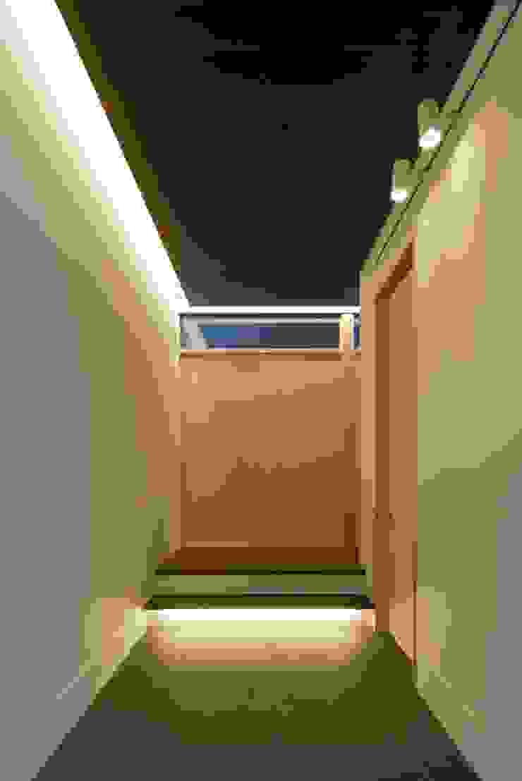 玄関ホール オリジナルスタイルの 玄関&廊下&階段 の 株式会社 mA建築計画工房 オリジナル