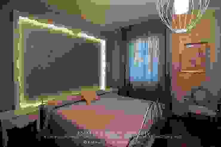 Romantic Rusty Soggiorno in stile industriale di Rachele Biancalani Studio Industrial