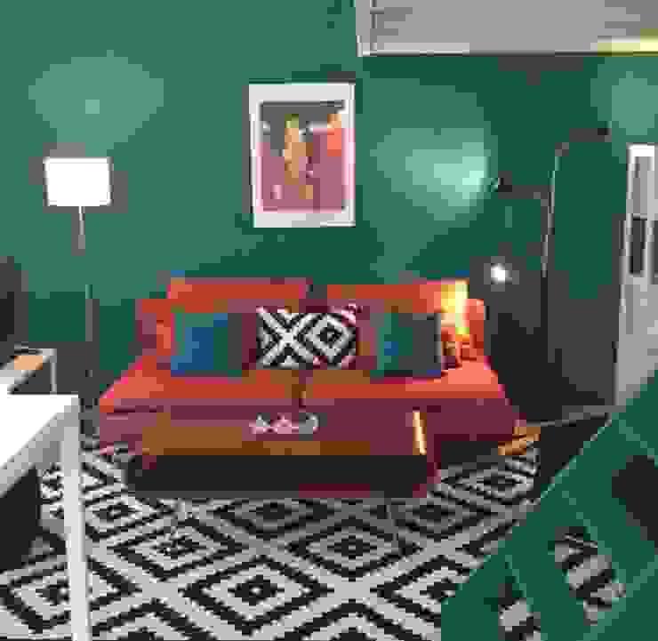 Décoration studios meublés par Emmanuelle Diebold Moderne