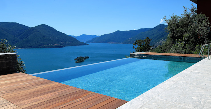 Villa Ronco sopra Ascona Balcone, Veranda & Terrazza in stile moderno di Aldo Rampazzi Studio di Architettura Moderno