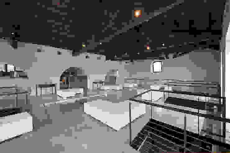 Centro Congressi di Scannella Architects