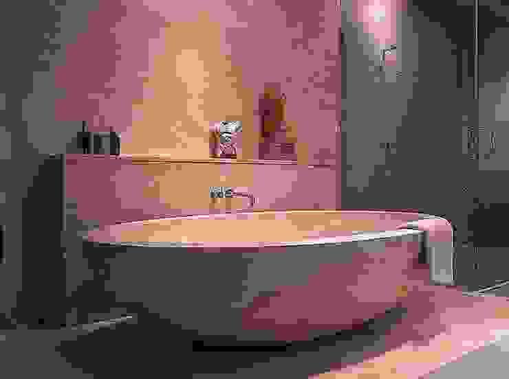 Baños de estilo  por Struker Fliesen