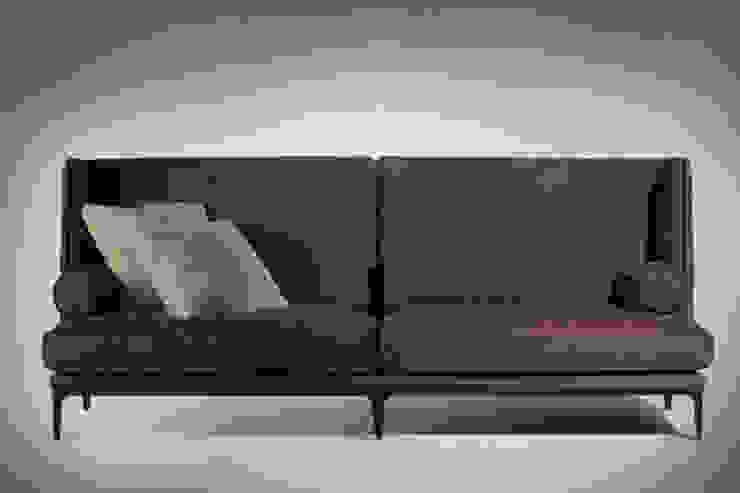 Uptown sofà di VALDICHIENTI Moderno