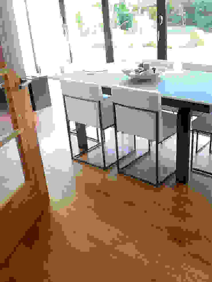 ST ALBANS UK - UNFINISHED SOLID OAK: modern  by Fine Oak Flooring Ltd., Modern