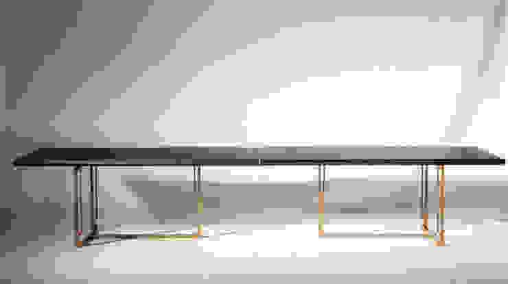 Tonk tavolo di VALDICHIENTI Moderno