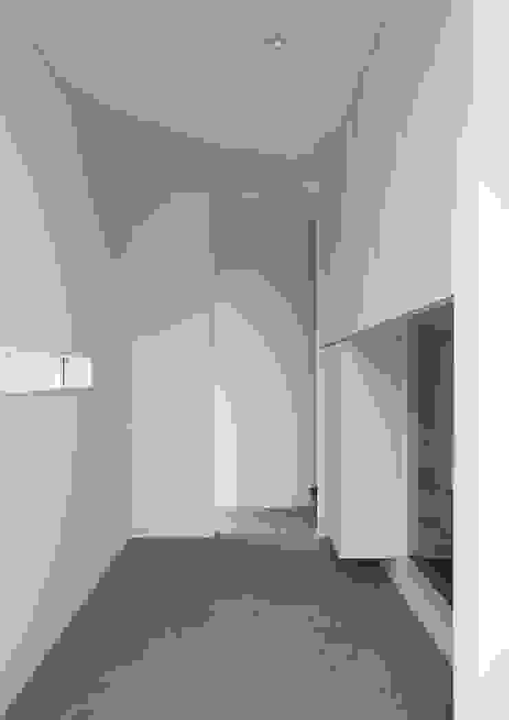 玄関 オリジナルな 壁&床 の 株式会社 mA建築計画工房 オリジナル