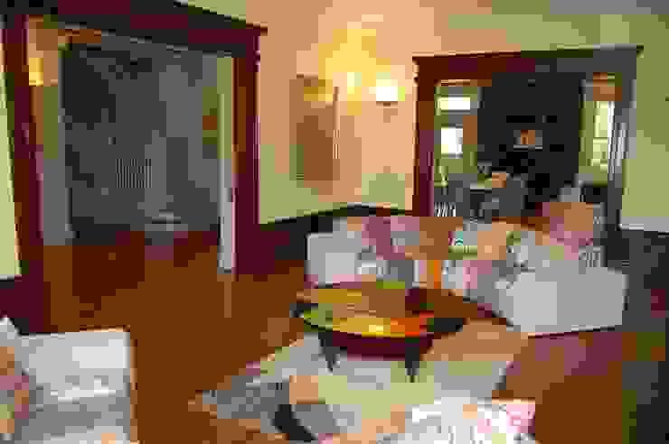 Hôtel particulier aux USA Salon moderne par LADD Moderne