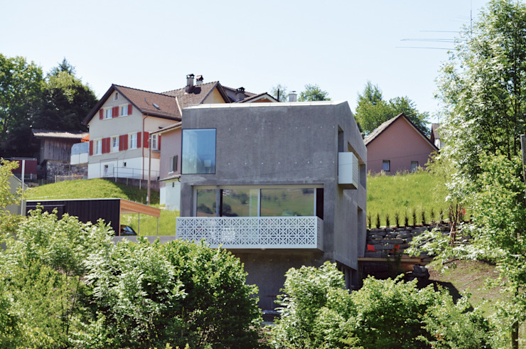 Aussenansicht Talseite Industriale Häuser von Himmelhoch GmbH Industrial