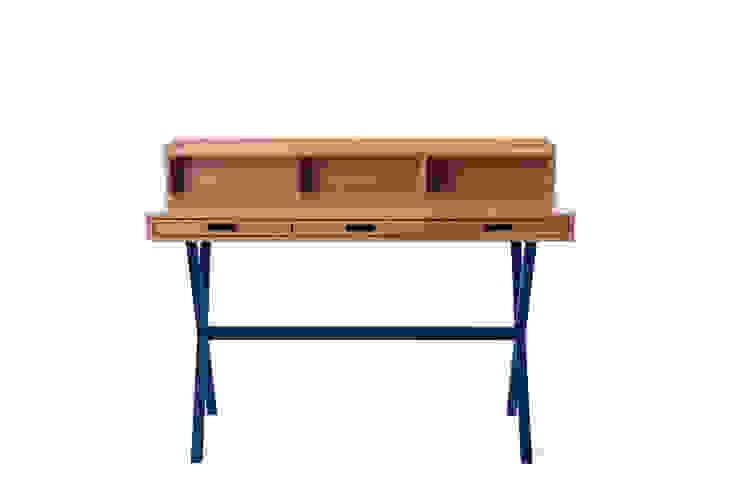 Hyppolite Desk: modern  by La Corbeille Éditions, Modern