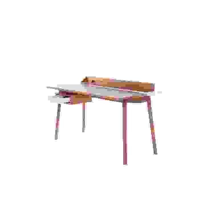 Desk Honoré: modern  by La Corbeille Éditions, Modern