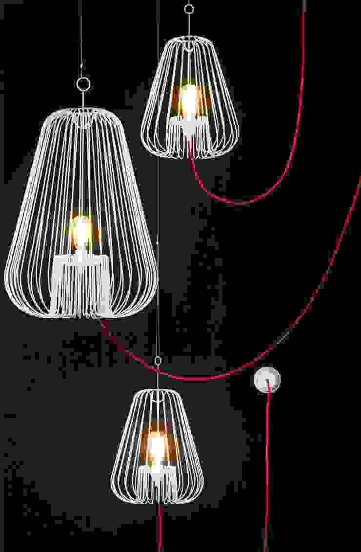 Light Cage by Jocelyn Deris: modern  by La Corbeille Éditions, Modern