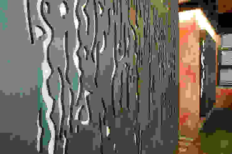 Italian Loft:  in stile industriale di vemworks, Industrial