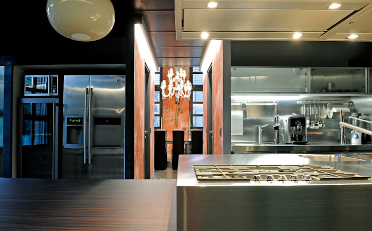 Italian Loft Cucina in stile industriale di vemworks Industrial