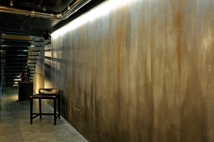 Italian Loft Pareti & Pavimenti in stile industriale di vemworks Industrial